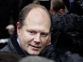Novinář Vaughan Smith (17. prosince 2010)