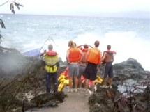 U břehů Vánočního ostrova se utopily desítky běženců (14. prosince 2010)