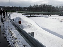 Dokončené stavby silnice ze sokolovské čtvrti Těšovice do Královského Poříčí.