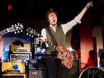 Paul McCartney vystupuje na záchranu klubu 100