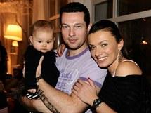 Alice Bendová s manželem a dcerou Alicí
