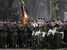 Němečtí vojáci poprvé od 2. světové války vkročili do Francie.