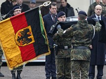 N�me�t� voj�ci poprv� od 2. sv�tov� v�lky vstoupili do Francie.