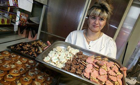 V Zemanově kavárně nakoupíte cukroví i na Štědrý den.