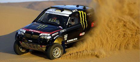 BMW X3CC pro Rallye Dakar 2011 při testech