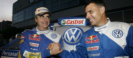 Carlos Sainz (vlevo) a Lucas Cruz, největší favorité Dakaru 2011