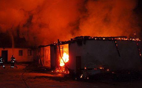 Požár stavení v obci Tušť na Jindřichohradecku.