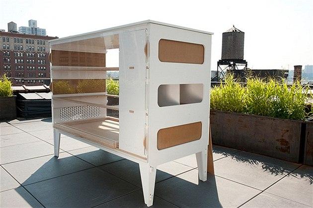 Americký kurník designovaný pro městské terasy pořídíte za 3 500 dolarů
