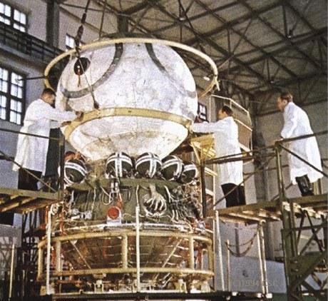 Ve středu 12. dubna 1961 se loď Vostok 1 s Jurijem Gagarinem vydala na cestu do vesmíru