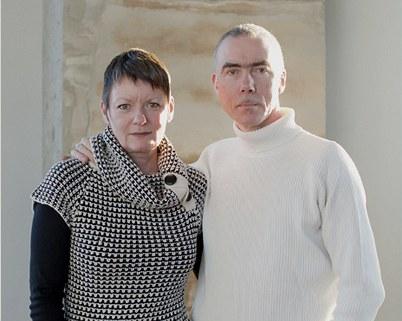 Nezvyklý domov ve vodárenské věži našla dvojice britských designérů Sarah Phillipsovou a Richard Hurding.