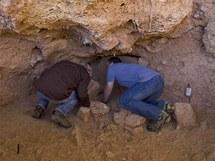 Jeskyně Qessam v Izraeli, kde archeologové nalezli 400 tisíc let staré zuby lidských předků