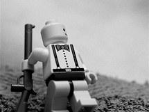 Classics in Lego: Padající španělský republikánský voják na fotografii Roberta Capy
