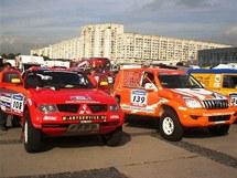 Závodní Mitsubishi týmu Vinland Dakar Team