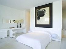 V domě je k dispozici sedm ložnic a devět koupelen