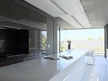 Architekti zvolili moderní bezúchytkové provedení a hladké plochy se snadnou údržbou