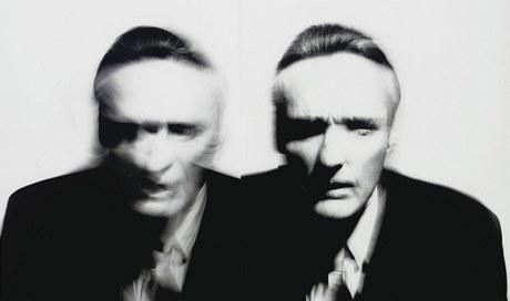 V aukci nabízená fotografie Dennisa Hoppera, kterou pořídil Victor Skrebenski