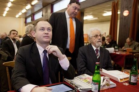 Na pražské konferenci ČSSD získal nominaci na předsedu jihomoravský hejtman Michal Hašek.