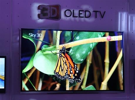 CES 2011 - LG představilo prototyp 3D OLED televize s úhlopříčkou 31 palců. Obraz vypadá opravdu výborně.