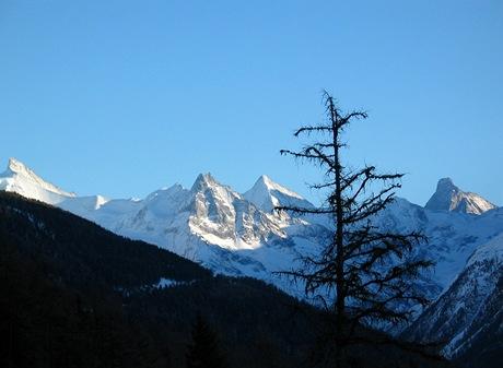 Švýcarsko, Val dÁnniviers navečer