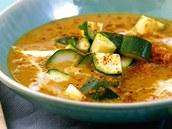 Čočkovo-kokosová polévka.