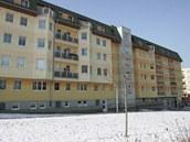 Dům, ve kterém si expremiér Stanislav Gross, koupil v roce 1999 byt.