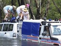 Úřady evakuují ze zatopené oblasti německé turisty (4. ledna 2010)