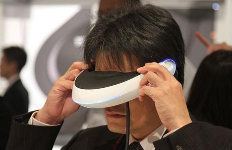 CES 2011 - Sony 3D kino na hlavu