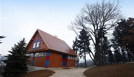 Gočárovy domy v zoologické zahradě jsou opraveny.