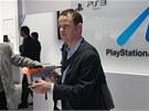 CES 2011: Stánku Sony dominovalo 3D. Pohybové ovládání bylo trochu stranou, ale Killzone 3 se s novým držákem na Move hrála parádně