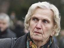 Blažena Kvapilová při pietě v památníku Zámeček v Pardubicích