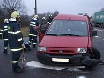 Citroen Jumpy po nehodě u Třebechovic pod Orebem