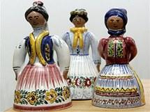 Tradiční slovácké figurky z muzea keramiky v Tupesých.