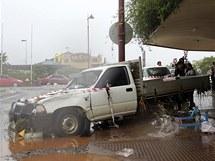 Blesková povodeň ve městě Toowoomba převracela auta (11. ledna 2010)