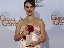 Natalie Portmanová na předávání Zlatých glóbů v šatech Viktor&Rolf