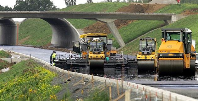 Stavba dálnice. Ilustra�ní foto