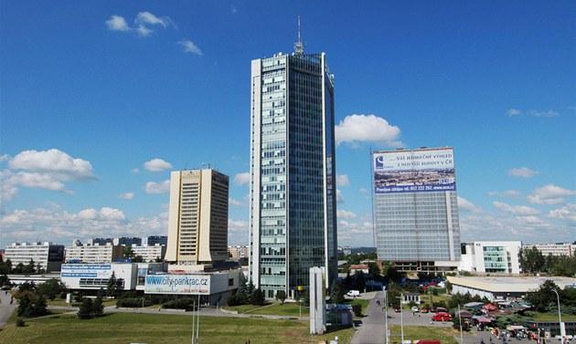 Pra�ský mrakodrap City Tower je nejvy��í budovou v �esku.