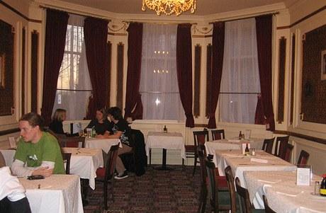 Interiér se od otevření restaurace nezměnil
