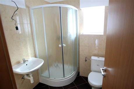 V Hrádku nad Nisou byly předány dva povodňové domky novým majitelům. (24. ledna 2011)