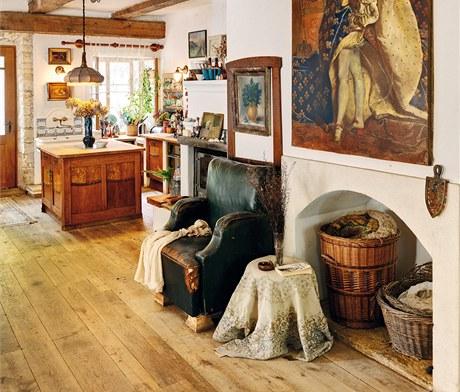 Jaroslava Pecharová díky své profesi dokázala vytvořit i z nesourodých věcí útulný interiér