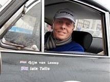 Gijs van Lennep, bývalý pilot F1, při závodu veteránů The Winter Trial v Letohradu