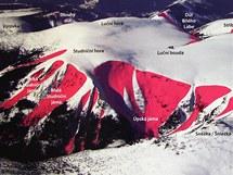 Mapa vrcholu Sněžky a Luční hory. Červeně značená místa označují obvyklé lavinové dráhy.