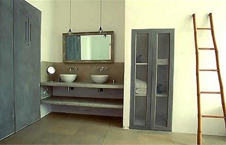 Koupelna z ji�n� Francie a d�ev�n� �eb��k