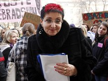 Radní Jana Pernicová na demonstraci studentů