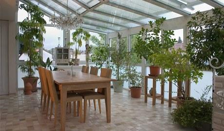 Zimní zahrada je pro přezimování pokojových i venkovních hrnkových rostlin ideální