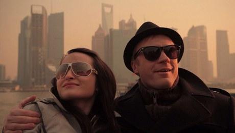 Z natáčení filmu Czechmademan: Jan Budař a Veronika Hong