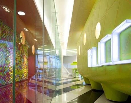 Univerzita v Bangkoku a její Kreativní centrum se rozkládá na 600 metrech čtverečních