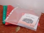 Uspořádejte si papíry a další příslušenství, abyste je měli po ruce