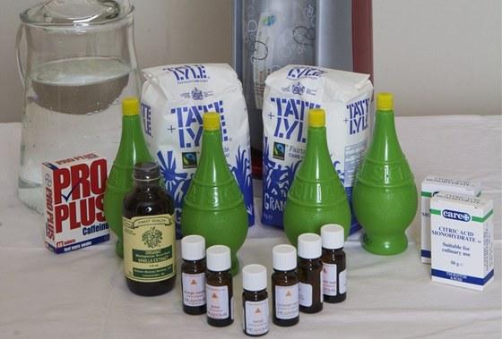 Ingredience pro přípravu coca coly, jak se je podařilo poshánět britskému novináři