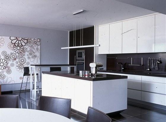 Pro potřeby fotografování byla kuchyň pečlivě uklizena