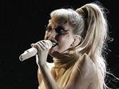 Grammy za rok 2010 - Lady Gaga představila píseň Born This Way (Los Angeles, 13. února 2011)